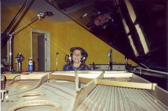 grand-piano-2003web2